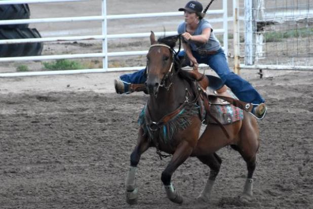 Barrel Racing Has Strong Out Of Town Draw Holyoke Enterprise