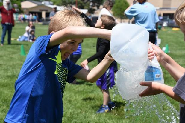 It S All About Fun And Games At Elementary Field Day border=